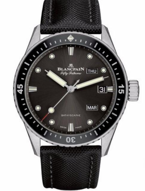 As one of the most recognizable watches, this steel case fake Blancpain watch gets a lot of attention.