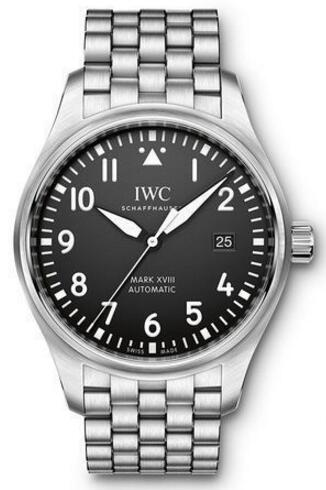For this one, upon the black dial that sets with the white scale and pointers, forming a contrasting visual effect. Also matching a steel bracelet, the whole steel case replica IWC watch directly shows the metal charm.