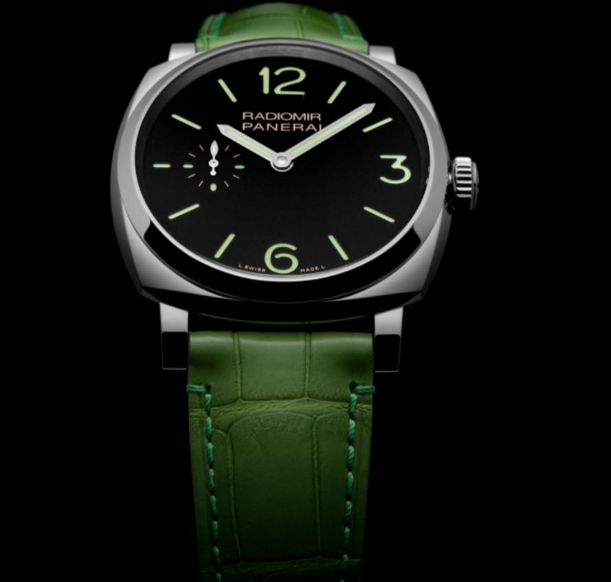 The 42 mm copy Panerai Radiomir 1940 PAM00574 watches have black dials.