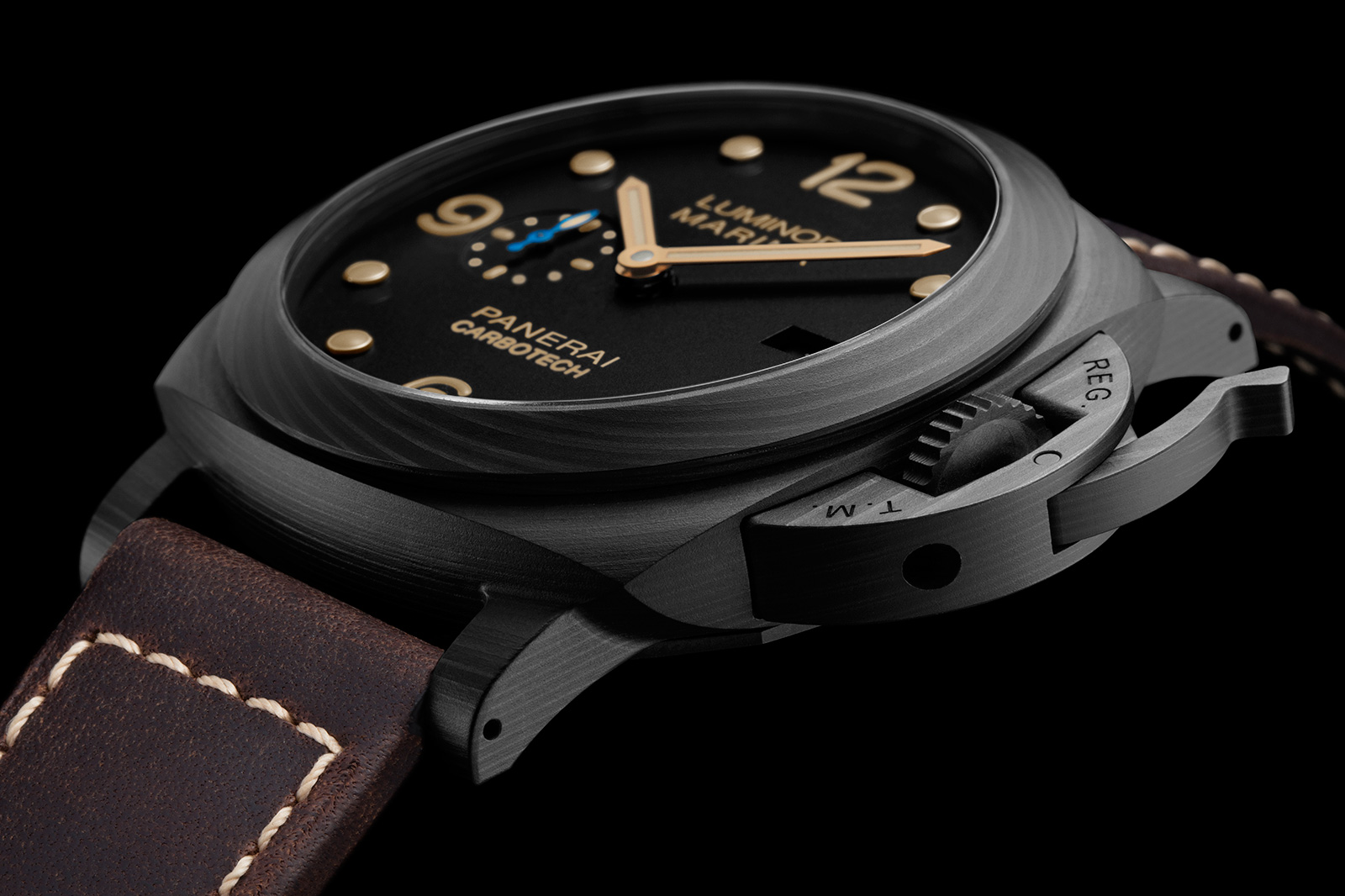 The special copy watches are made from Carbotech.