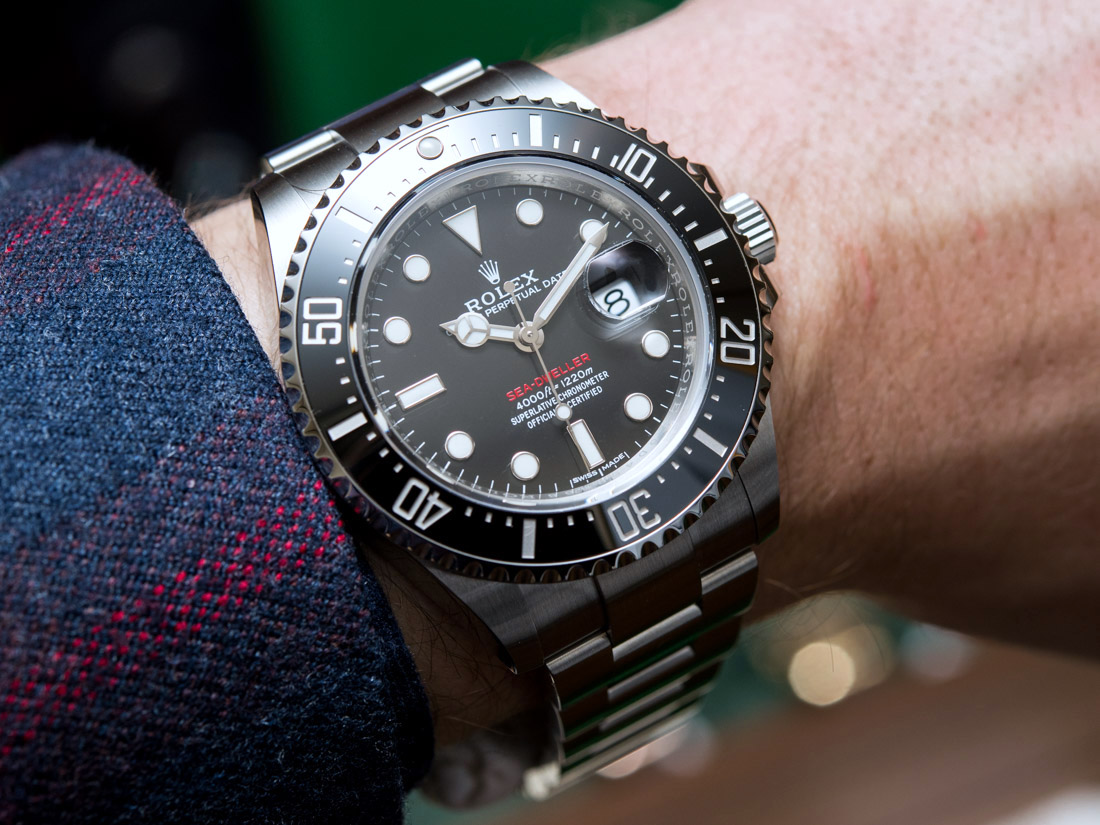 The Oystersteel fake Rolex watches have black dials.