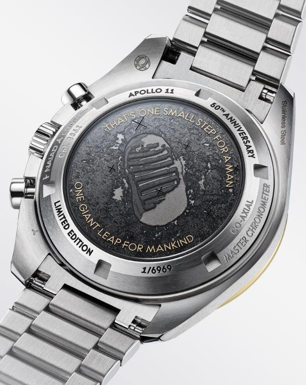 The stainless steel fake watches are limited.